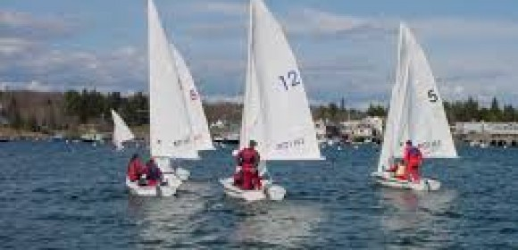 LAKE BONNEY SAILORS COMPLETE RACES BETWEEN FLAT CALM BOOKENDS